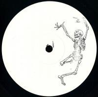 BLACKBONES - Black Bones 1 : BLACK BONES (UK)