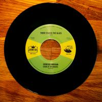 DERRICK MORGAN,CHARLIE ORGANAIRE, DENNIS ALCAPONE - There Stands The Glass : JUMP UP! / HAPPY AS A LARK (GER)