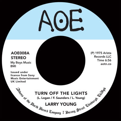 LARRY YOUNG - Turn Off The Lights : AOE (UK)