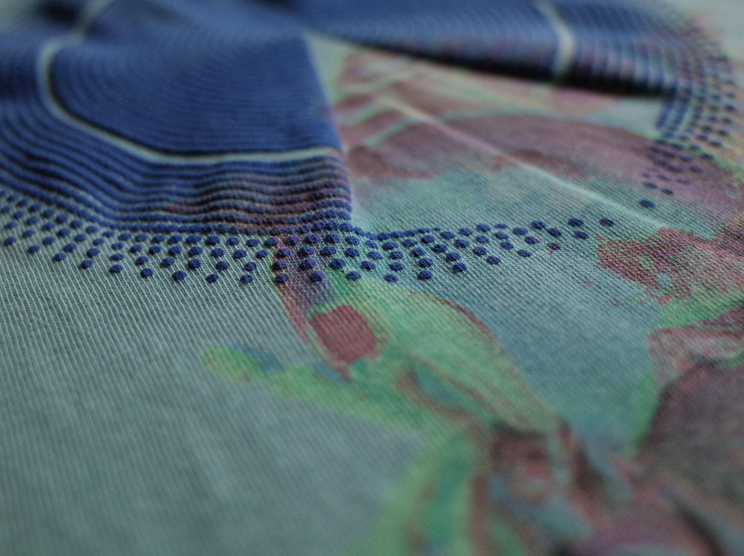 CHILL MOUNTAIN - Todobien T-shirts  WASH GREEN Size M : WEAR gallery 1