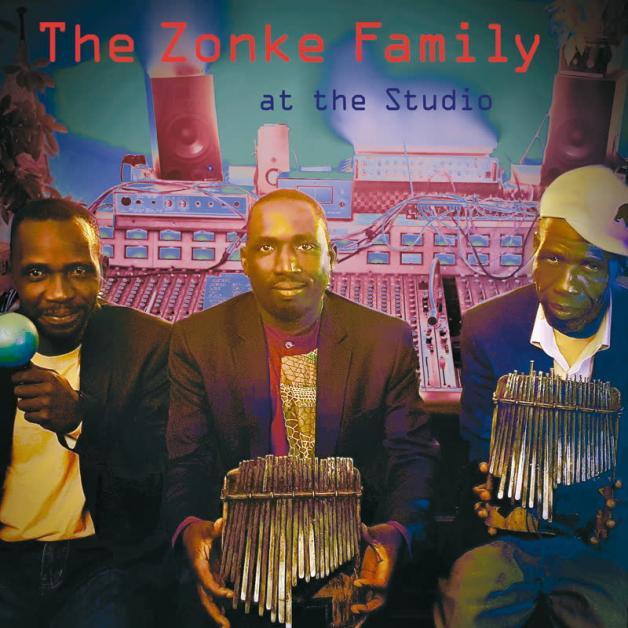 ZONKE FAMILY - At The Studio : LOKALOPHON (GER)